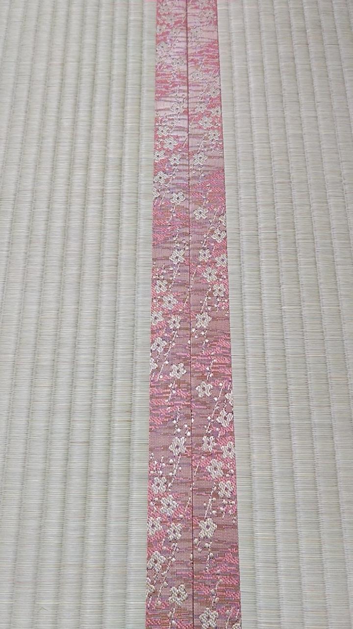 畳縁は、HANA香織 Ⅰ No500を使用しました。