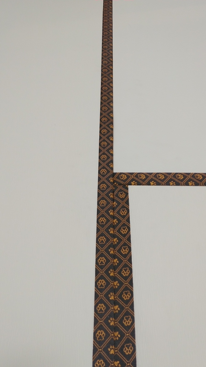 畳縁は、D&C PADオリジナル 肉球柄茶橙色を使用しました。
