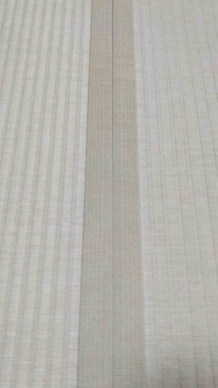 畳縁は、虞美人草 No7 モカベージュ色を使用しました。