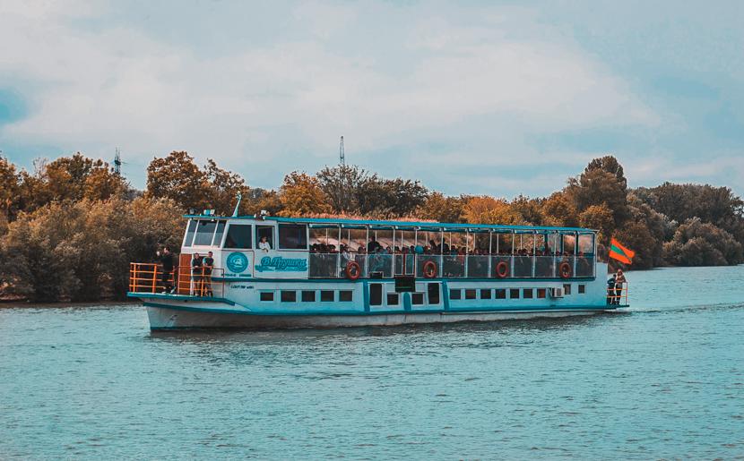 Things to do in Tiraspol, Transnistria: take a boat trip