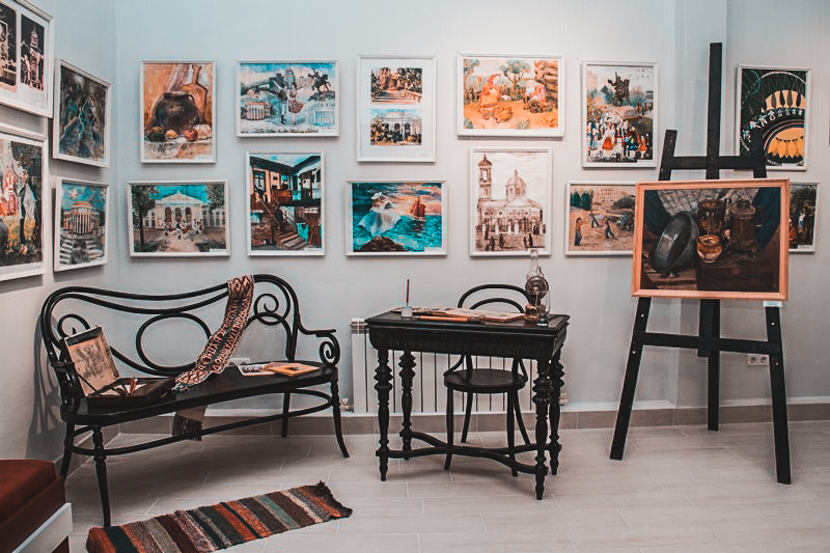 Things to do in Trasnnistria, Tiraspol: visit the art gallery