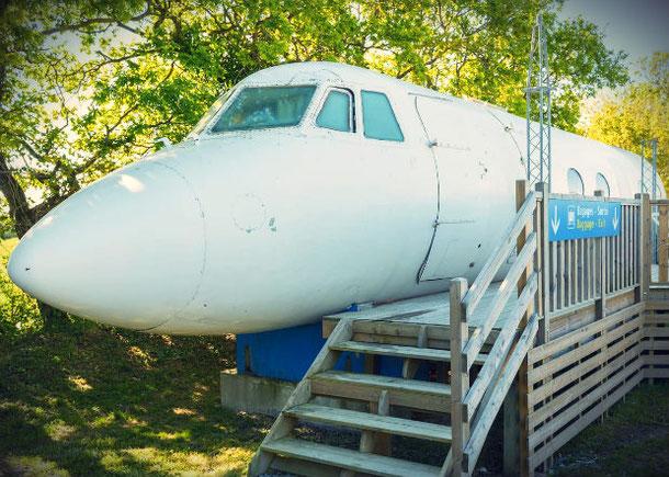 Дом-самолет во Франции - необычное жилье на Airbnb