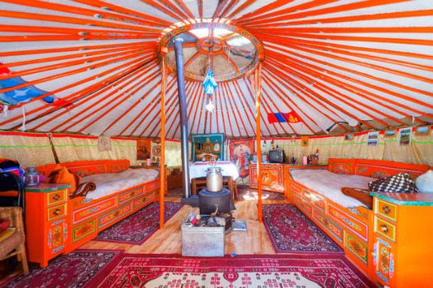 Монгольская юрта в аренду через AIRBNB в Дрездене, Германия