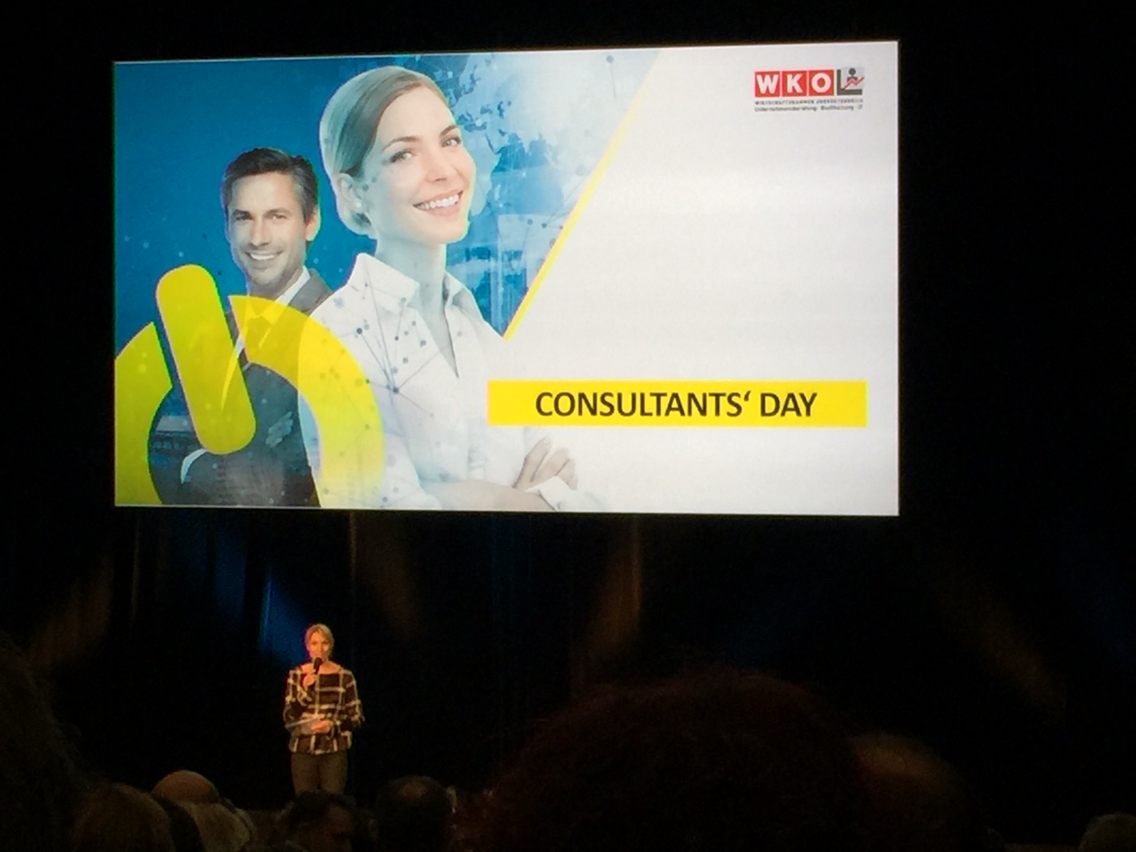 Consultants Day und Night 2020