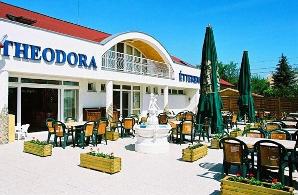 Theodora restaurant in Zánka