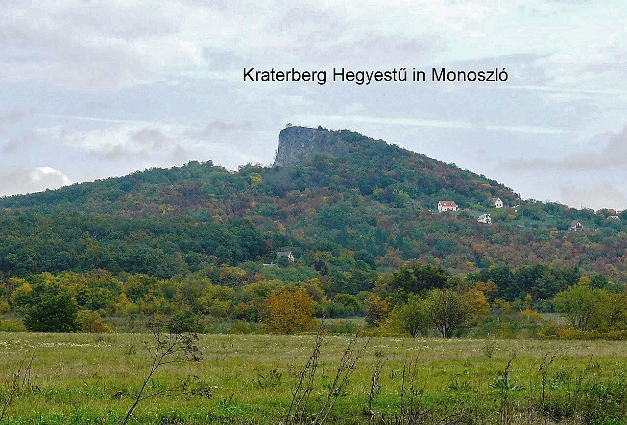 De kraterberg genaamd Hegyestű niet ver van ons huis vandaan