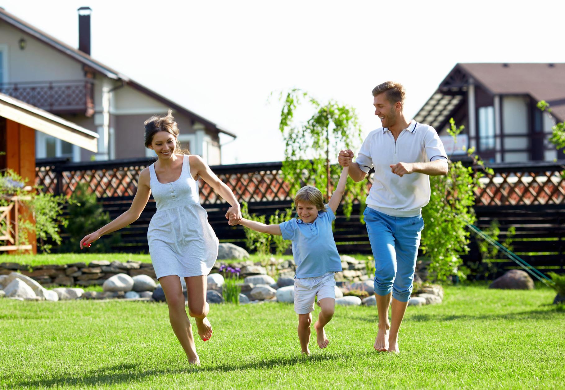 Spiel- und Sportrasen für junge Familien