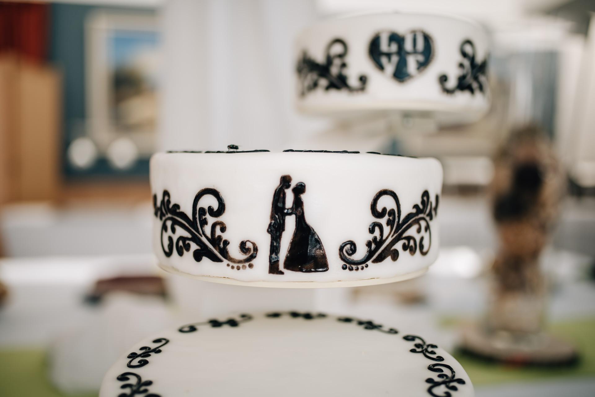 Hochzeitstorte, Seehotel, Herzfotografie, Hochzeitsfotografie, Fotograf Hochzeit Brombachsee
