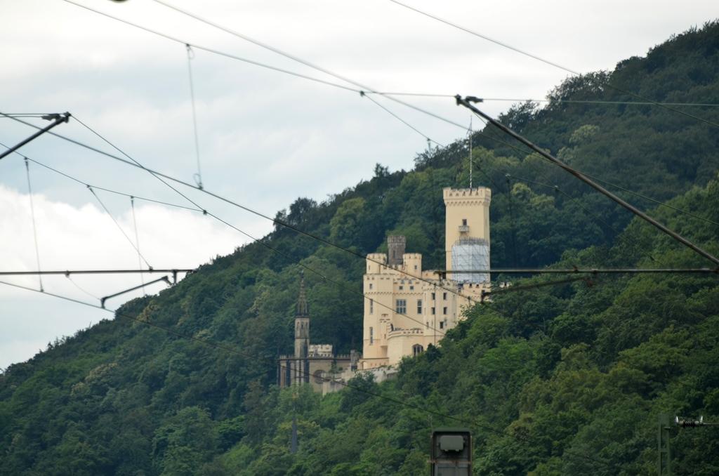 Burgen statt Elche