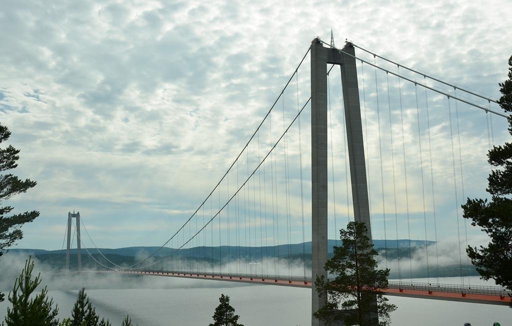 Eine Wolkenbrücke