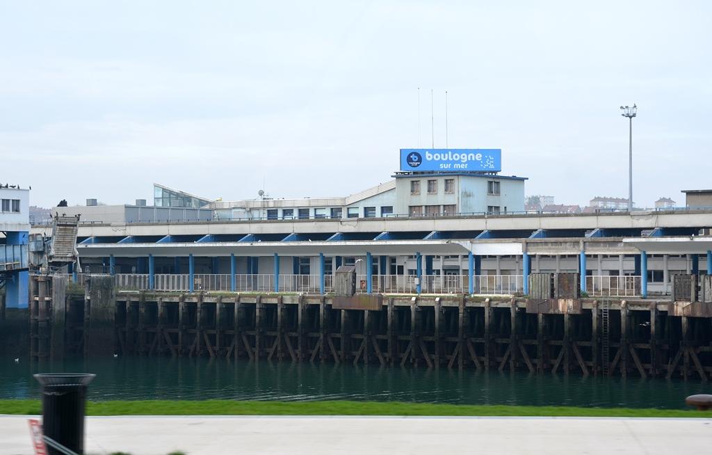 Schon früh Fischereibetrieb in Boulogne