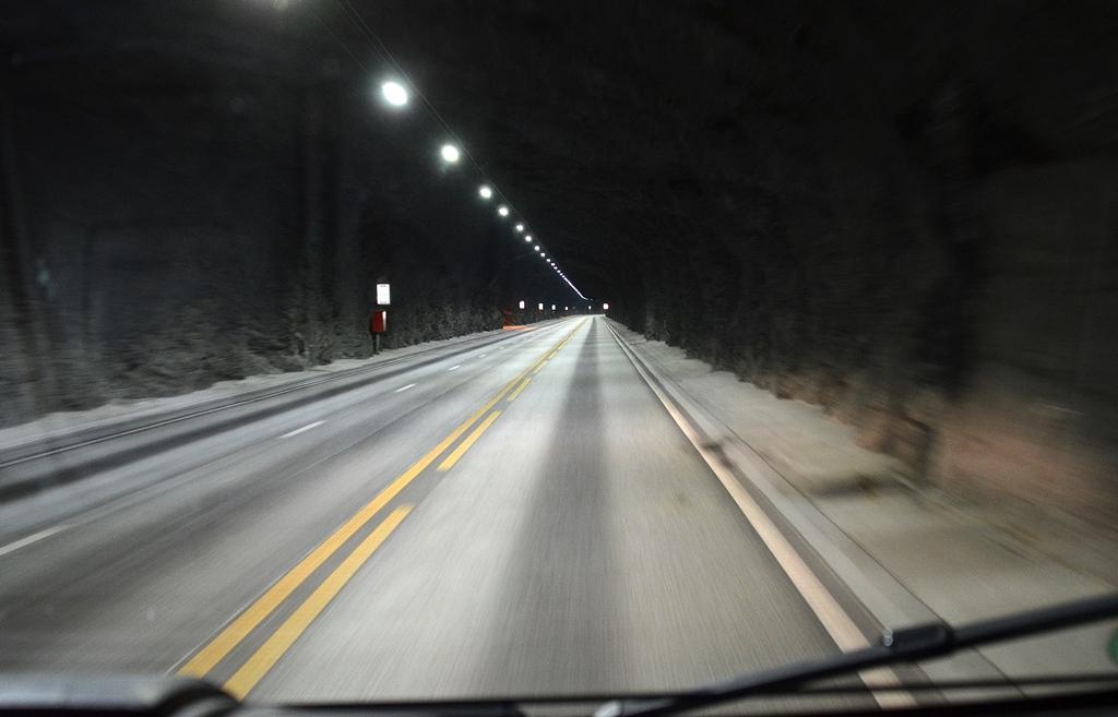 Wie tief dieser Tunnel unter...