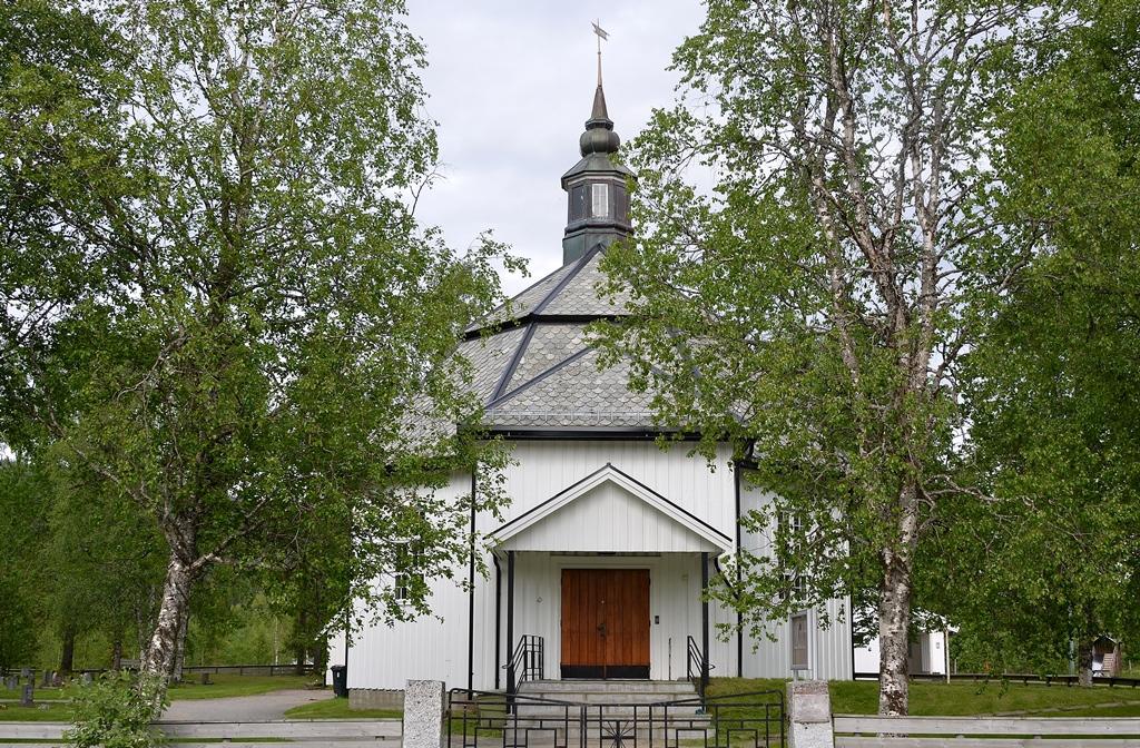 ...hübsche kleine Kirchen...