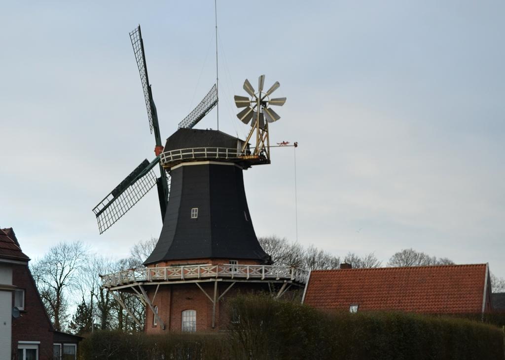 ...noch mehr Windmühlen