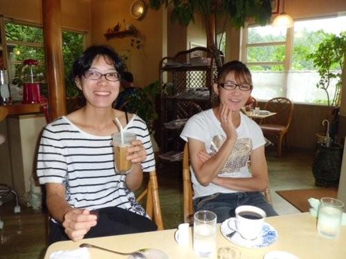 石川農園社長と女房、社長はコーヒーフロート、女房はホットを注文!