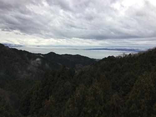 名阪国道より、奈良盆地を見下ろす