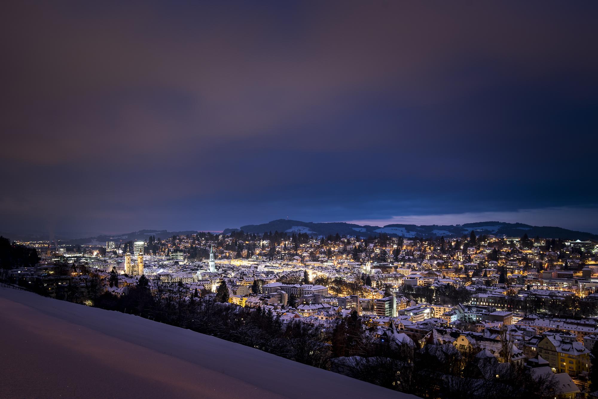 Winter über der Stadt