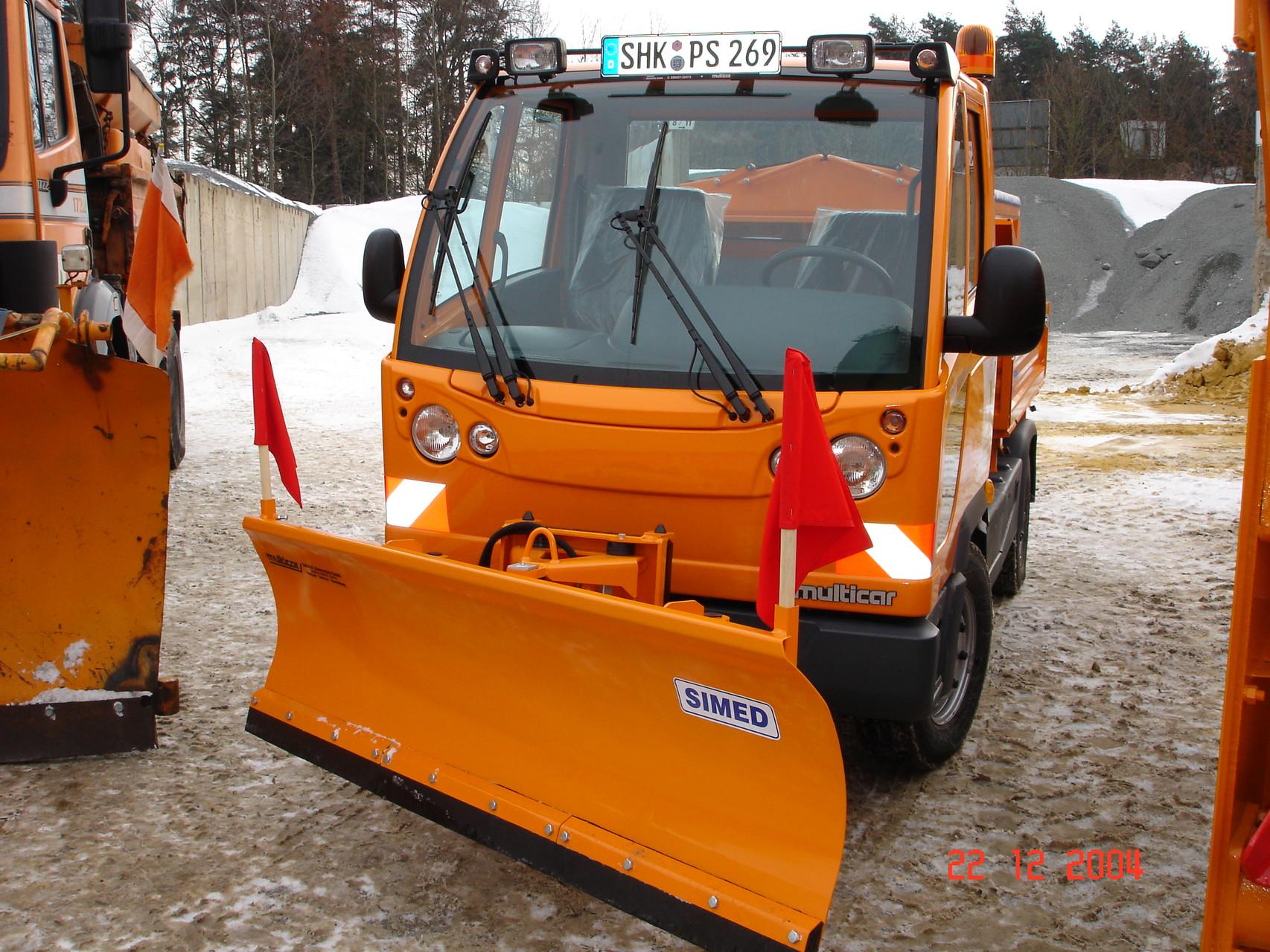 Multicar-Fahrzeug für Betriebshöfe, Parkplätze und Gemeinden