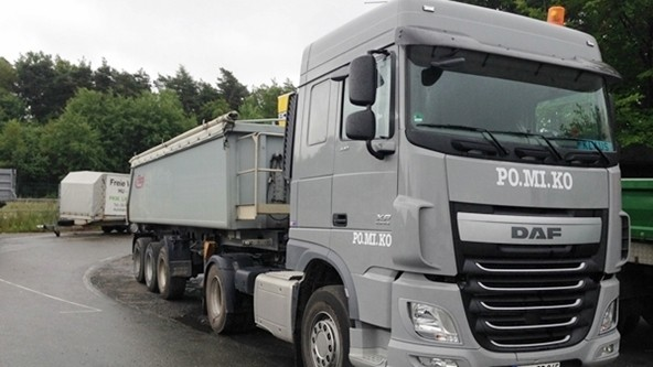 Schüttguttransporte: Sattelzüge für Schüttguttransporte mit EURO6-Norm