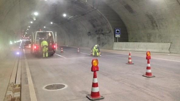Verkehrsüberwachungsanlagen in Straßen- oder Autobahntunneln
