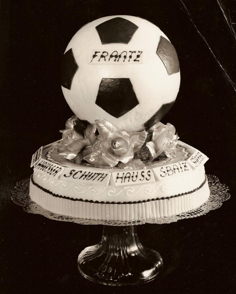 Gâteau de la victoire en coupe de France 1966, 1-0 contre Nantes