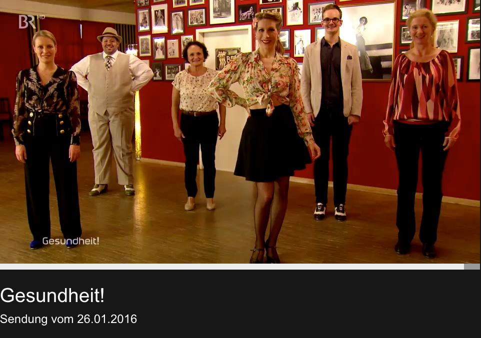 """Stepptanz mit Silvia Plankl im Münchner Vintage Dance Studio in der Sendung """"Gesundheit"""" im Bayerischen Fernsehen, vom 26. Januar 2016.  Steptanzschule in München"""