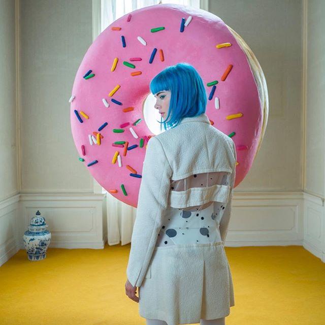 'Donut' // Plastik: Deike Heeren // Foto: Kai Kurve // Polysterol, Spachtel, Acryl