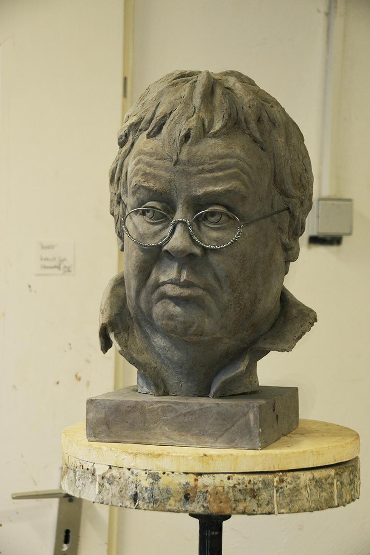 Portrait 'Horst' // Plastik: Deike Heeren // Gießmasse, Gips, Acryl, H 40 cm