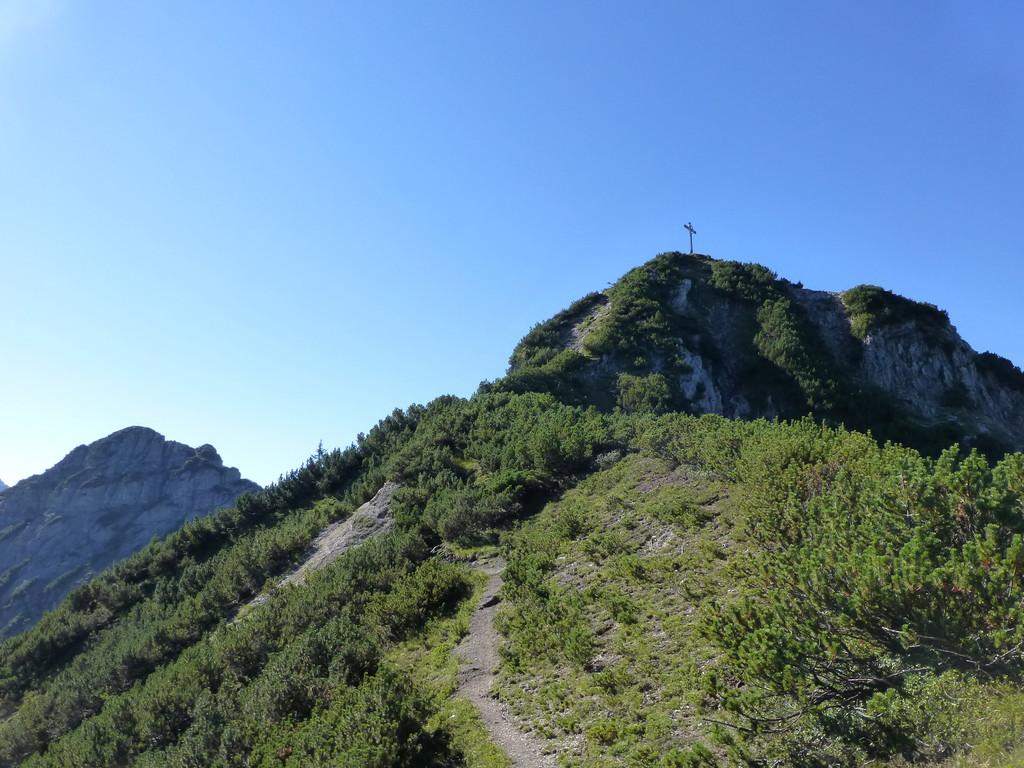 man fühlt, dass man schon oben ist, aber der Gipfel ist noch weit!