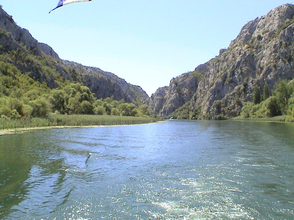 Fahrt in den Canjon von Roski Slap aus in Richtung Kloster