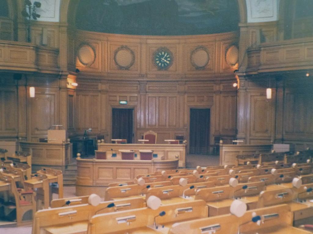 ...im Parlament
