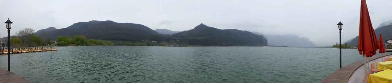 Kalterer See im Regen