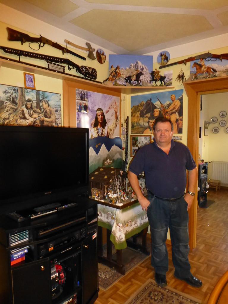 Kurt mit seiner einzigartigen Sammlung