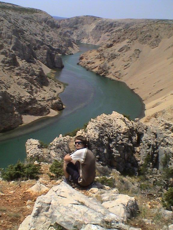 Christin mit der Zrmanja am Plateau