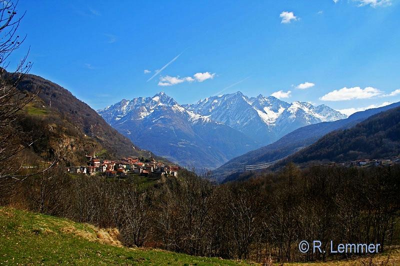Bergpanorama auf dem Weg zu Lago di Como