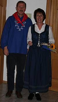 Iris & Rainer in Westerwälder Tracht