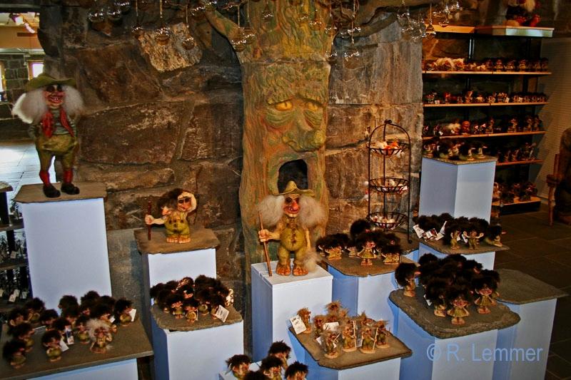 Trollsammlung im Souvenirshop