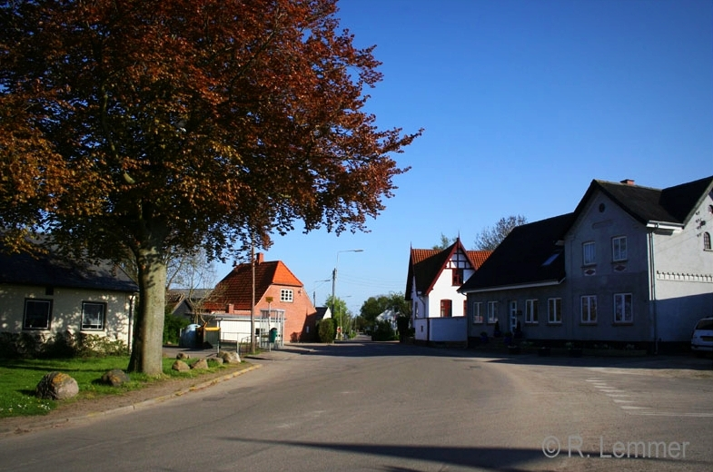 Dorfstrasse in Reersø