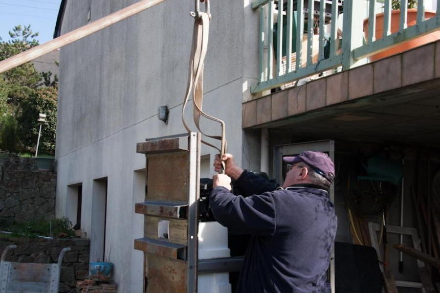 Démontage de la cage en fer pour sa protection