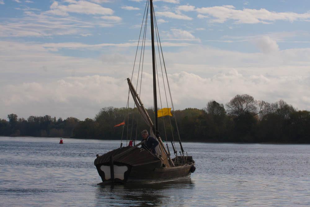 Alain et Alex avec le bateau à Michel