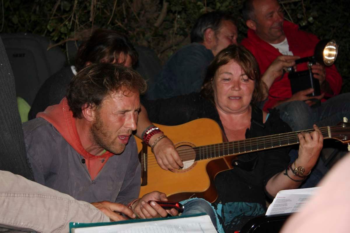 Alex et Corinne nous ont accompagné le reste de la nuit
