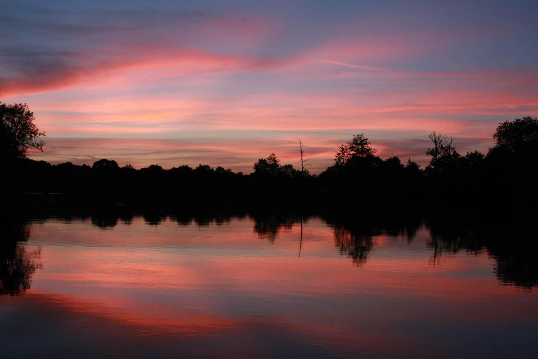 Crépuscule sur la Mayenne