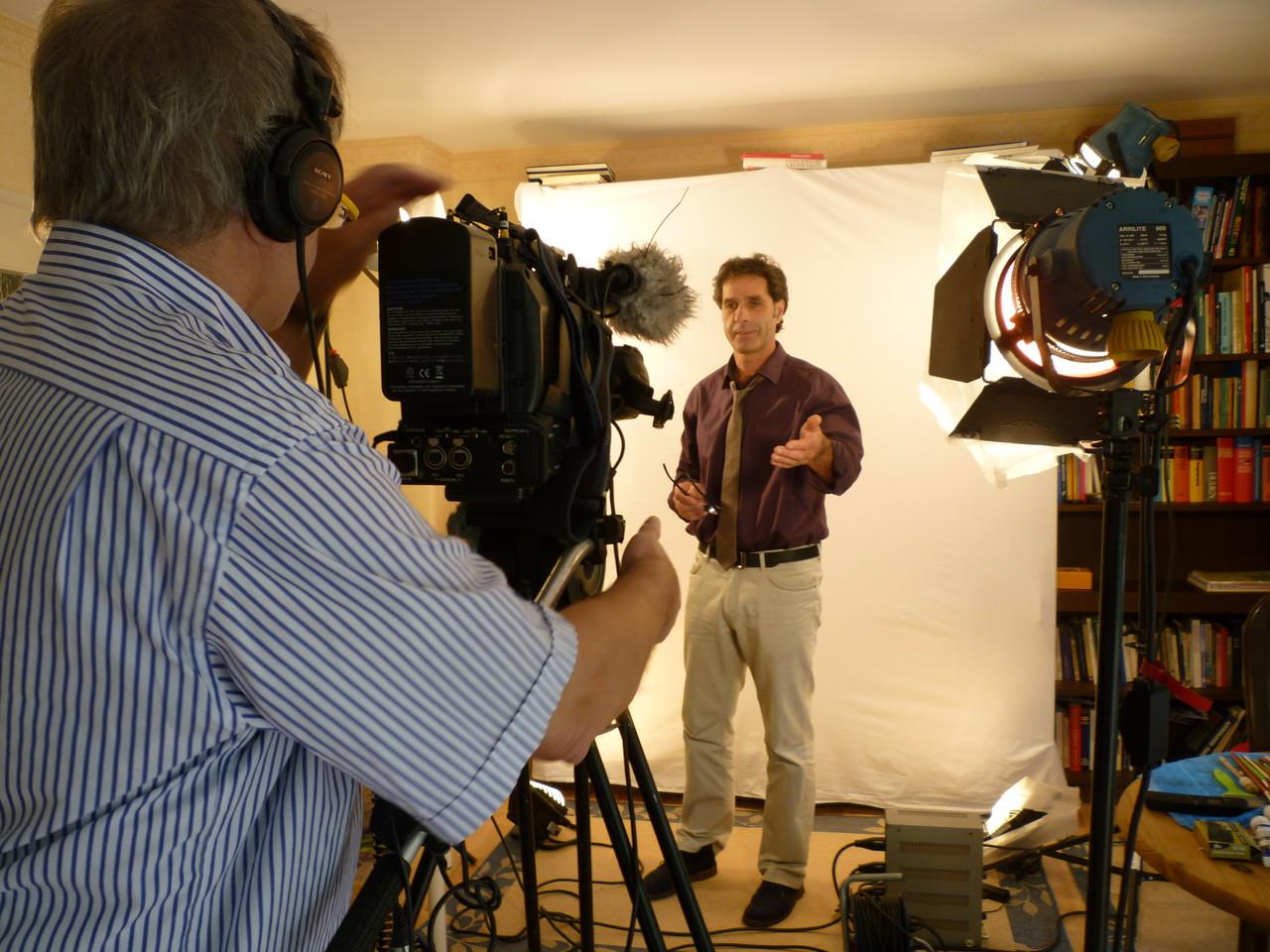 ...ein singender Journalist, gefilmt von Medija Elmshorn