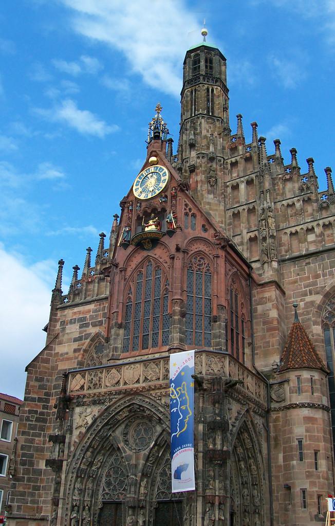 Nürnberg - Frauenkirche und Festival. Musik liegt in der Luft...