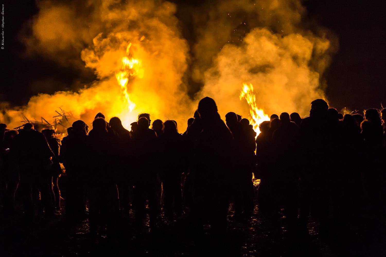 Osterfeuer - Fotos aus Wilhelmshaven, Friesland und von