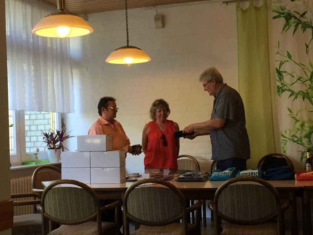 Dank für Helfer Ronny Wolke und Helferin Doris Reppel