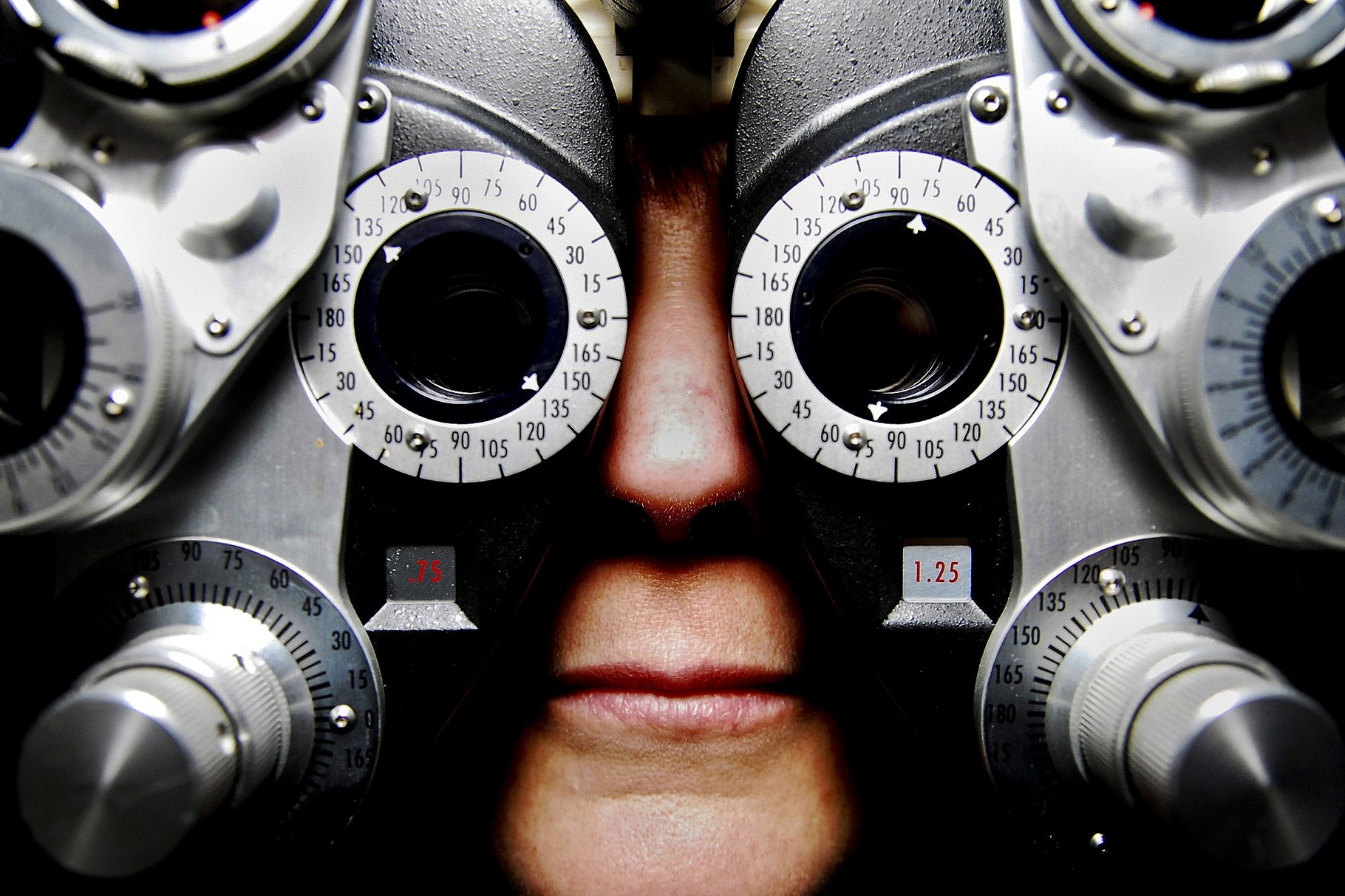 Clinical eye examinations
