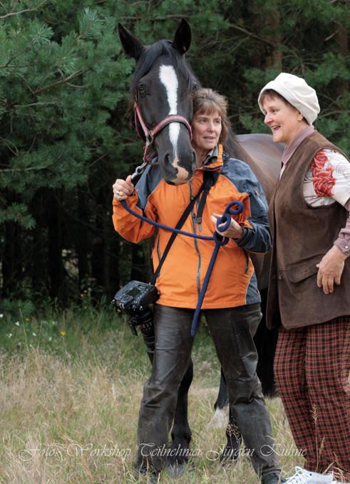 VFD Pferdefotografie Workshop - Die Dame wollte umbedingt mit ein Pferd fotografiert werden!