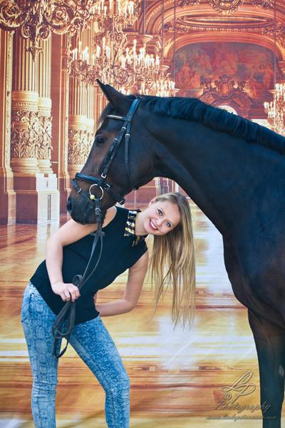 Mobiles Studio - Model Yasmin/Pferdefotografie - Pferdemuseum Verden 09/2014 Leitung & Fotografie Linda Peinemann