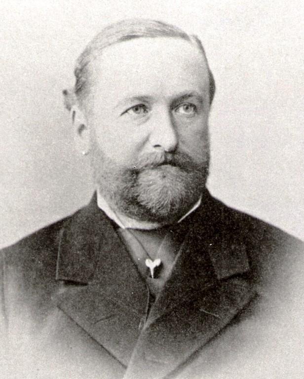 Sohn v. 8.+9.; 10. Achim Karl v.K.
